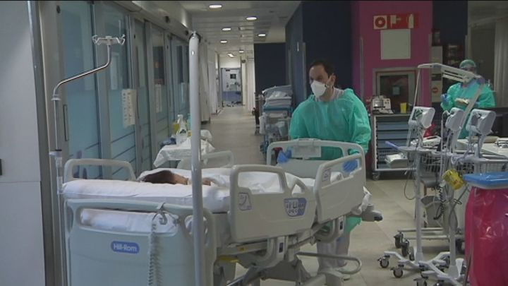 Sanidad notifica 16.716 nuevos casos y 247 muertes por Covid-19