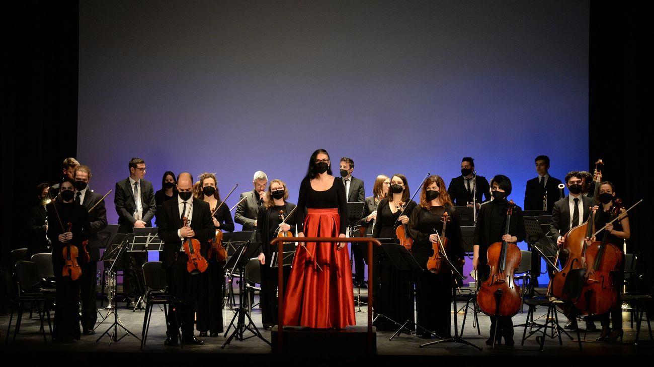 El Teatro Salón Cervantes de Alcalá acogió  el tradicional Concierto de Nochevieja
