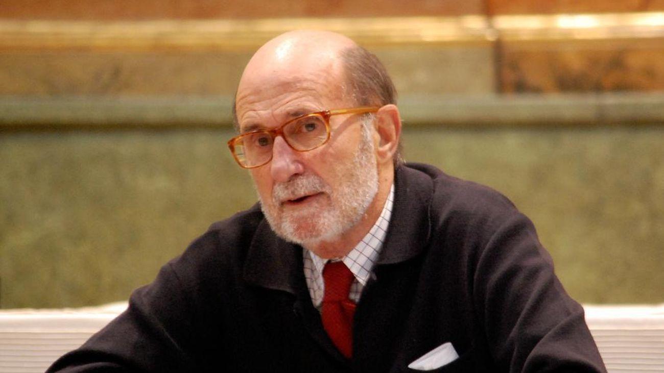 El Ayuntamiento decreta tres días de luto oficial por la muerte de Arsenio Lope, alcalde entre 1983 y 1987A