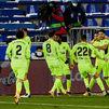 1-2. Suárez salva a un Atlético líder en el minuto 90 frente al Alavés