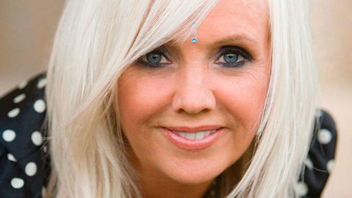 Rhonda Byrne profundiza en la búsqueda de la felicidad plena con 'El secreto más gande'