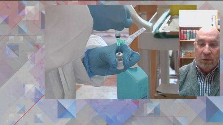 Los médicos de familia advierten de la imposibilidad de afrontar la vacunación en los centros de salud