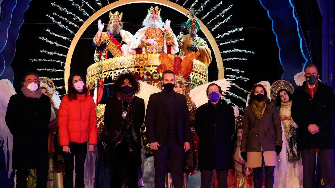 Los Reyes Magos recibidos en el Conde Duque por Jorge Blas y Ara Malikian