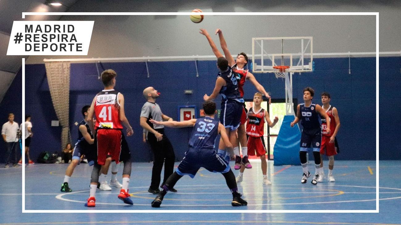 Partido de la liga de baloncesto de Madrid