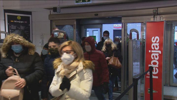 Comienzan las rebajas de un enero marcado por la pandemia del coronavirus