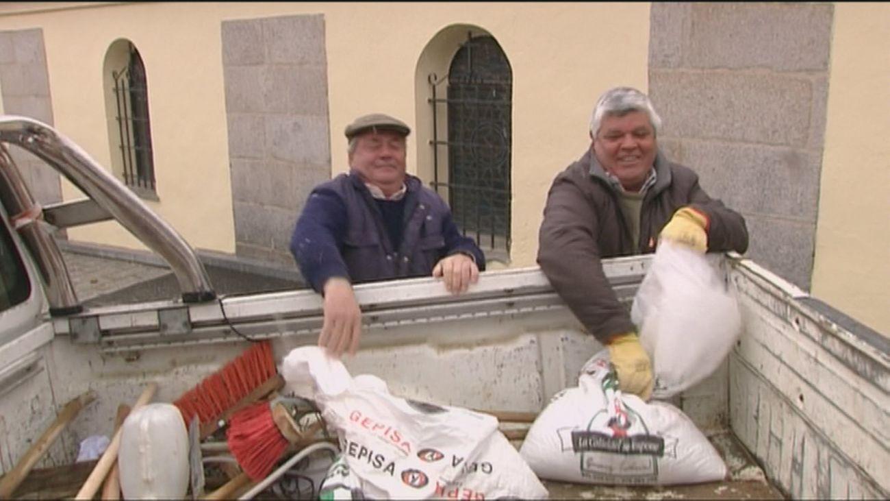 Torrejón de Ardoz reparte sal a las comunidades de vecinos ante la previsión de nevadas