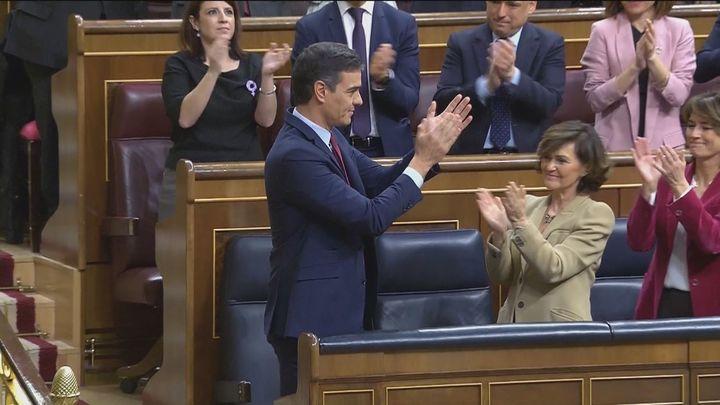 Sánchez cumple un año de investidura mientras prepara cambios en su Gobierno