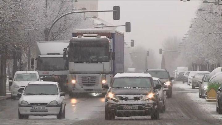 La nieve de este jueves en Madrid, un aperitivo de la gran nevada que viene el viernes y el sábado