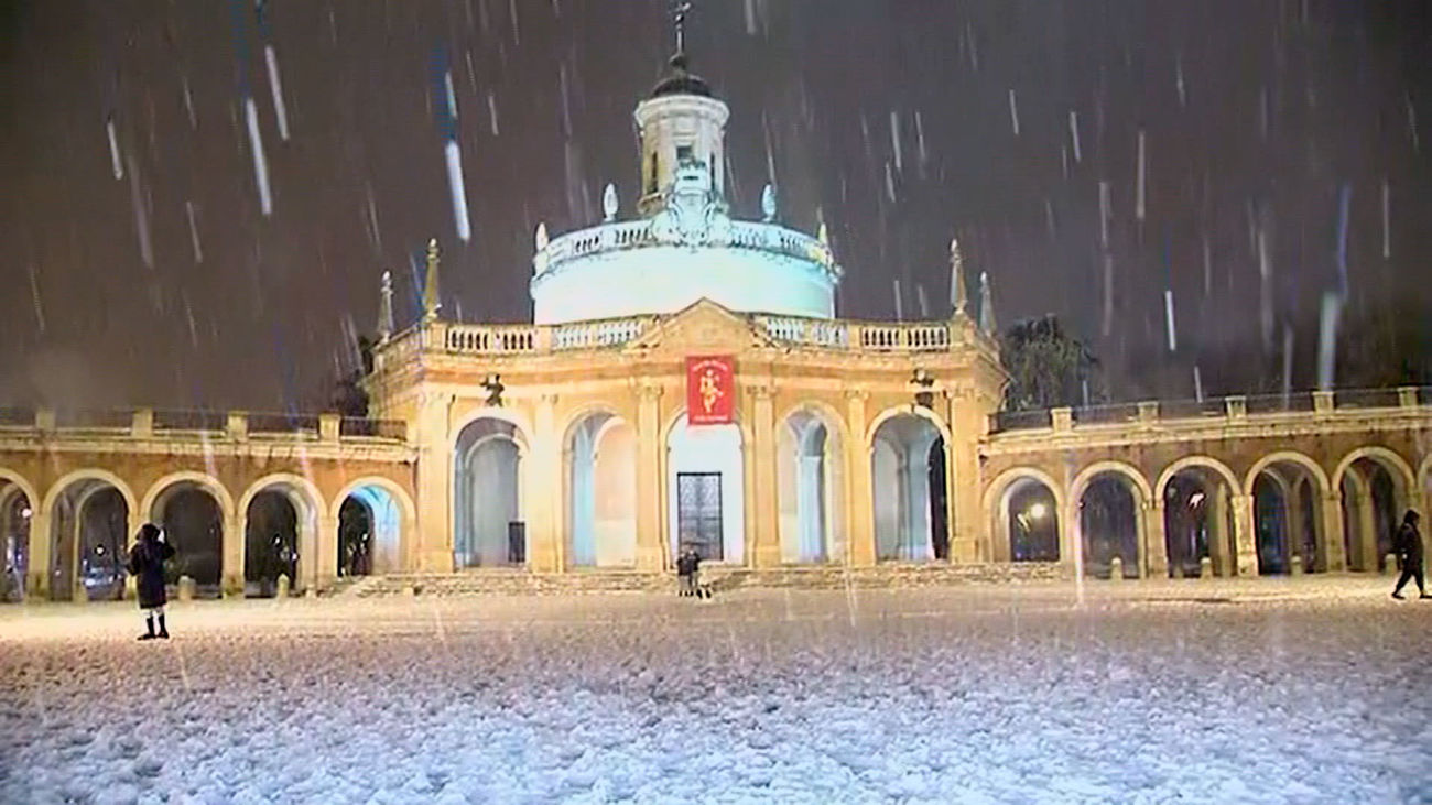 El centro de Aranjuez cubierto de nieve tras el paso de la borrasca Filomena