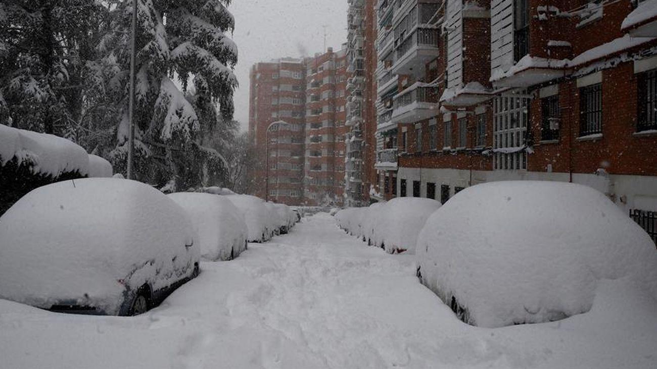 Una calle de Madrid capital, colapsada por la nieve