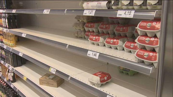 El desabastecimiento comienza a notarse en algunos supermercados de Madrid tras la nevada