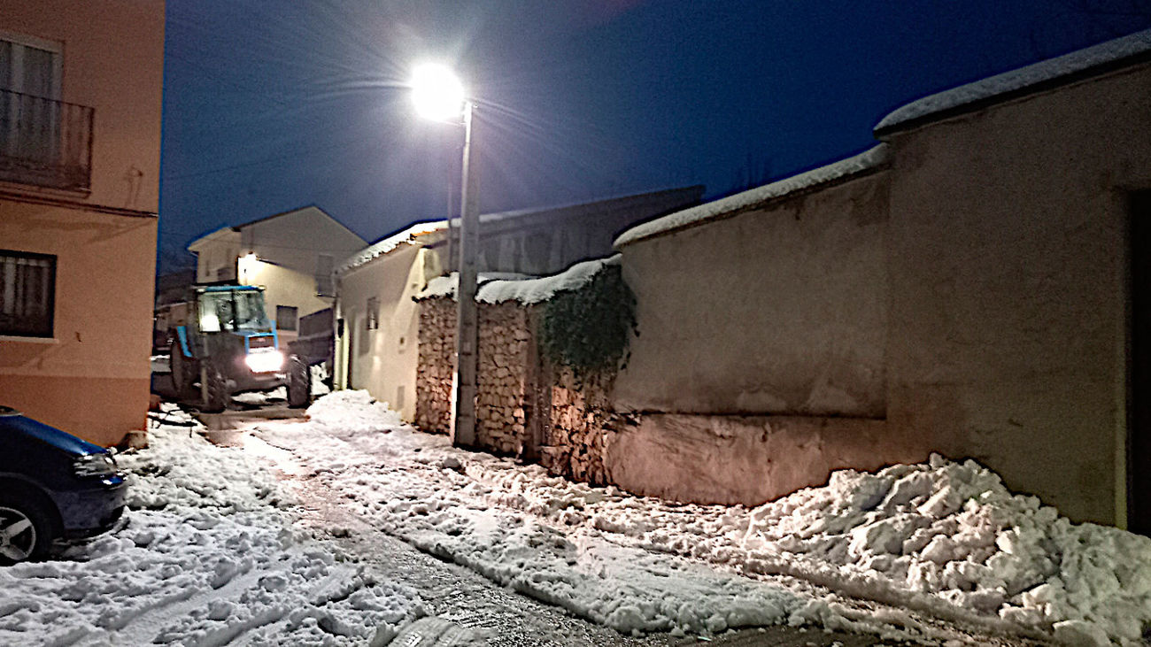 Las calles de Torrelaguna cubiertas de nieve