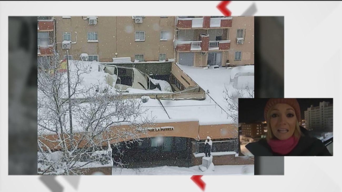 La nieve hunde el techo de la Comandancia de la Guardia Civil de Tres Cantos