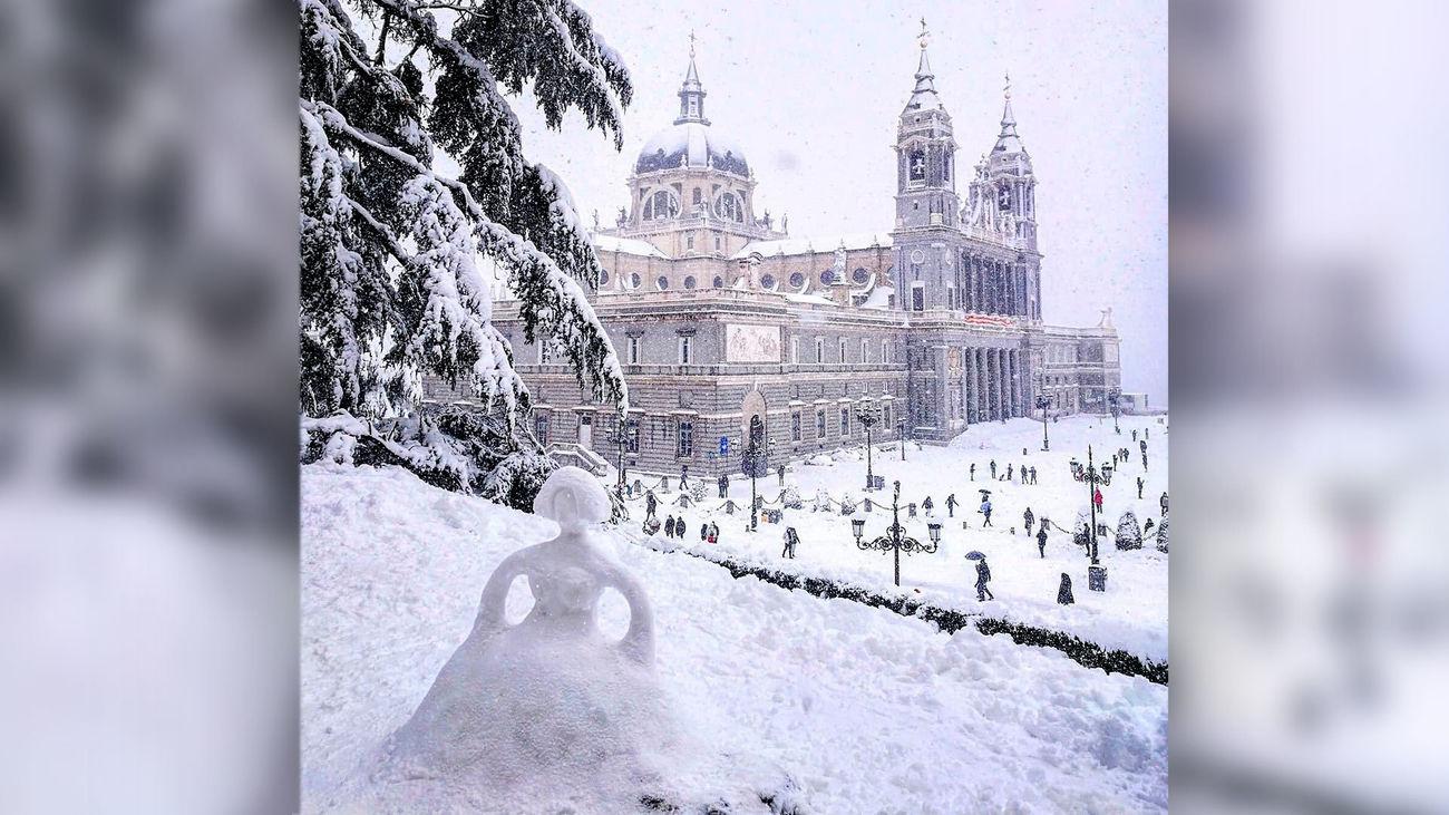 Estas son las figuras de nieve más sorprendentes que hemos encontrado en Madrid