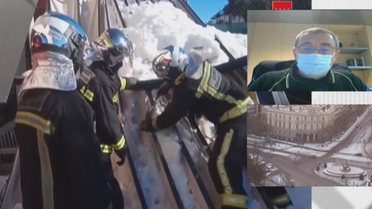Más de mil intervenciones de los Bomberos de Madrid en el rescate de personas y por la caída de árboles y cornisas