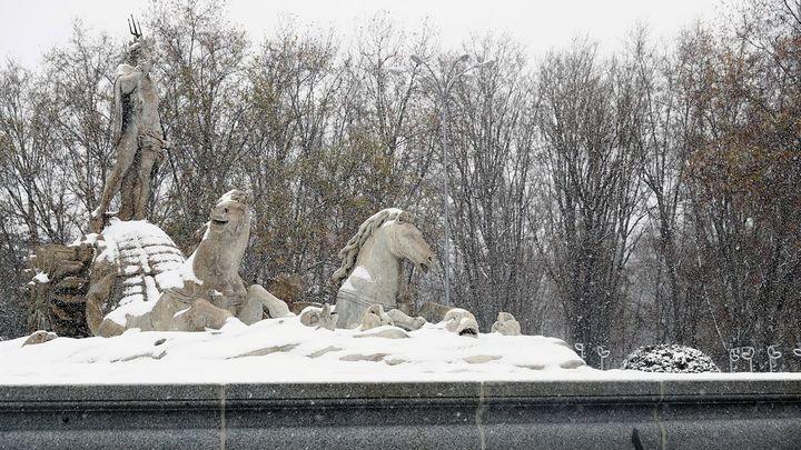 Madrid amanece congelada con temperaturas que superan los 10 grados bajo cero