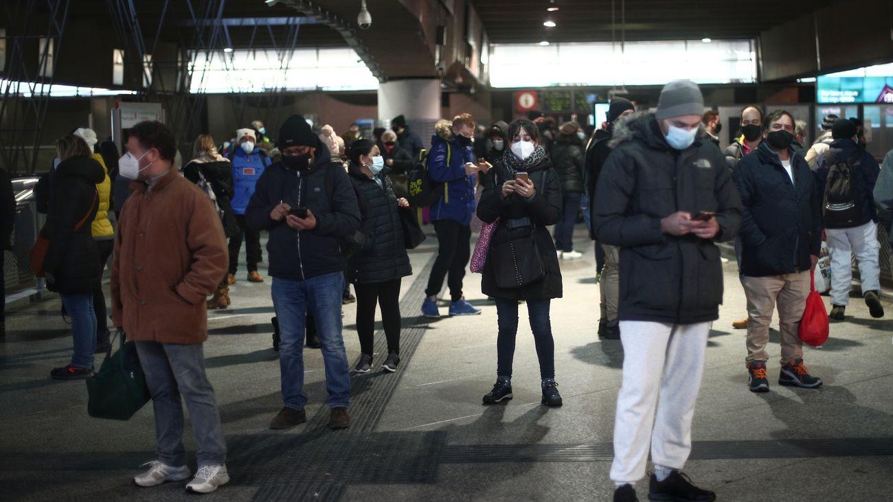 Pasajeros en la estación de Atocha