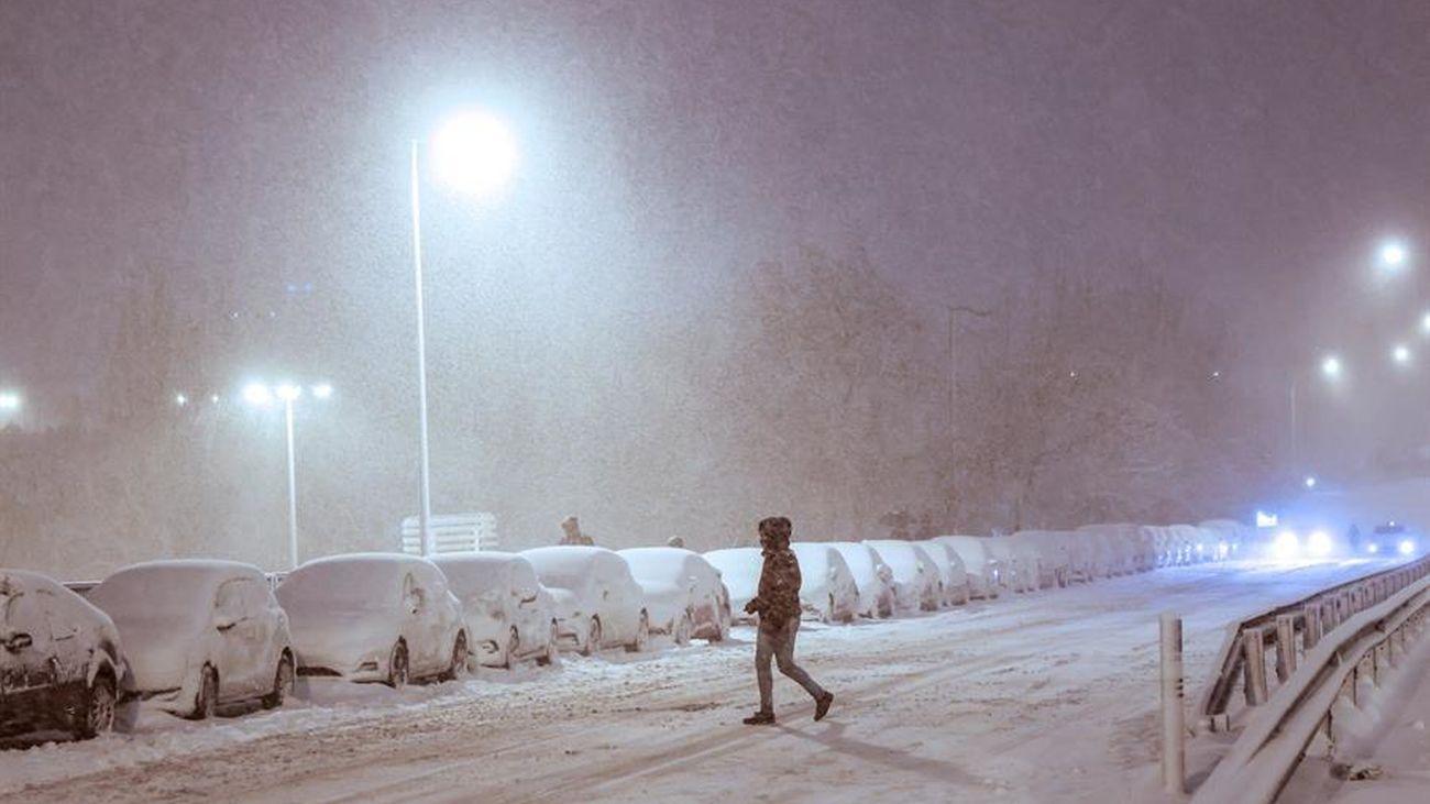 Rescatado un hombre en Fuenlabrada, desorientado en la nieve tras salir del trabajo con destino Parla