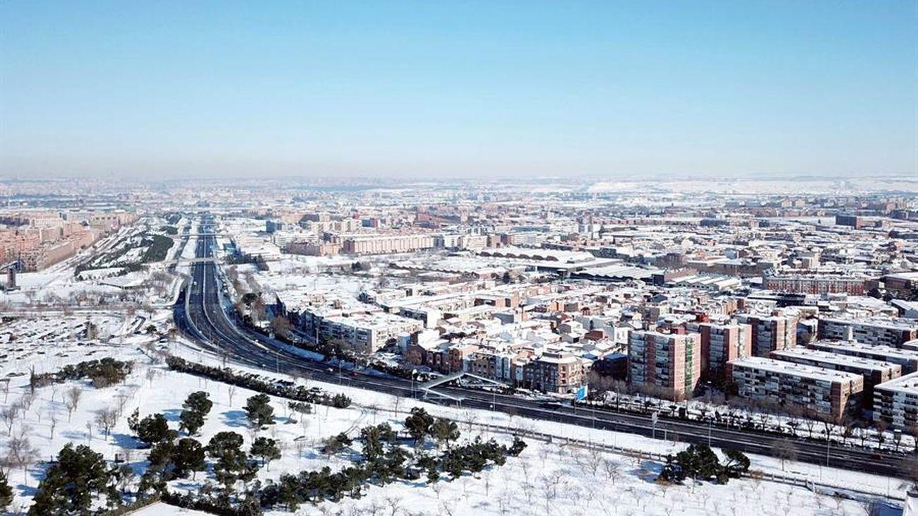 Sin calefacción ni agua caliente en muchos puntos de Madrid en la noche más fría del siglo