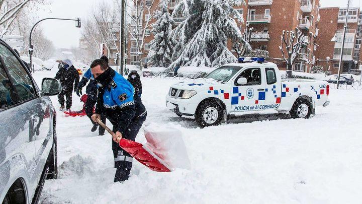 Alcobendas inicia su cierre perimetral con una reducción de la movilidad por la nevada