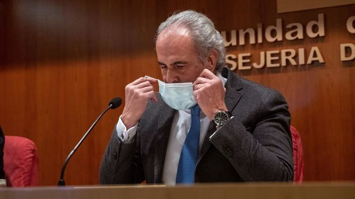 """Escudero: """"Hay cientos de casos en estudio de la variante británica del Covid en Madrid"""""""