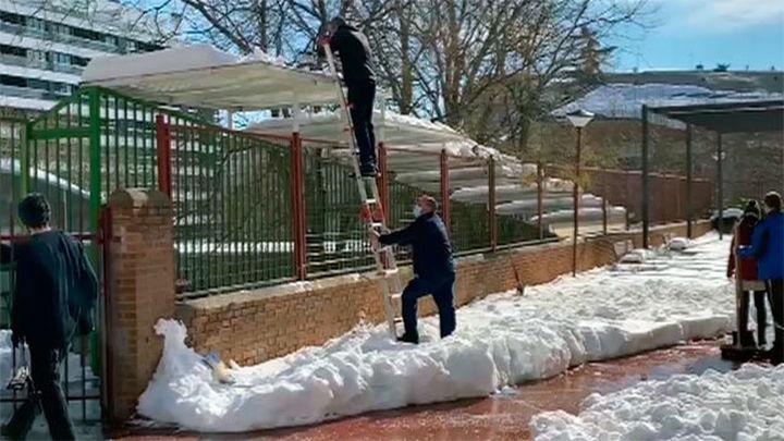Hablamos con varios colegios madrileños dañados por la nevada