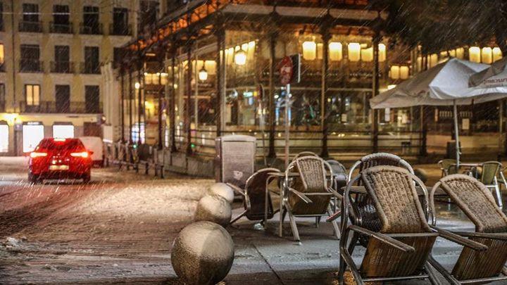 Madrid adelanta el toque de queda y cierra bares y restaurantes a partir de las 22.00 horas