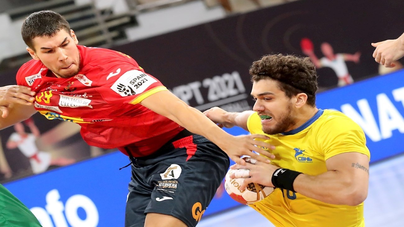 Daniel Dushebaev ante Brasil
