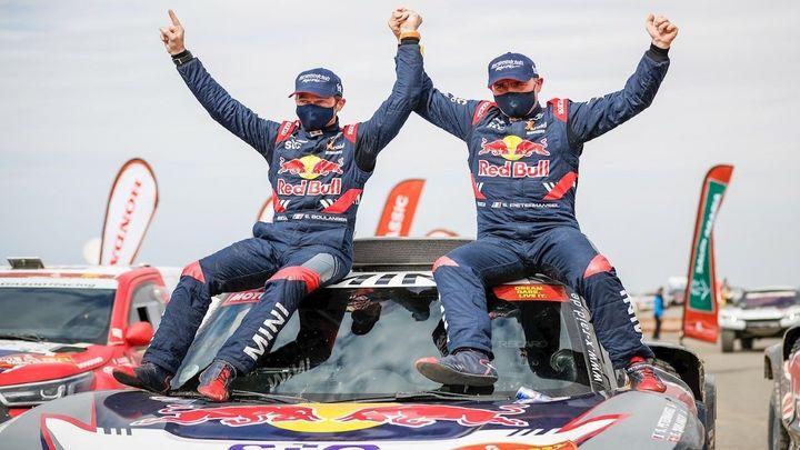 Peterhansel y Benavides, ganadores del Dakar 2021