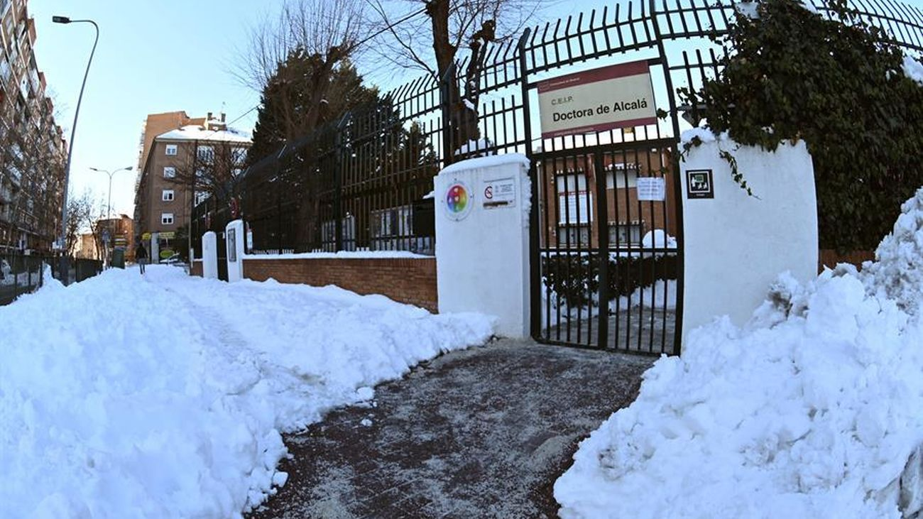 Imagen de un colegio de Alcalá de Henares