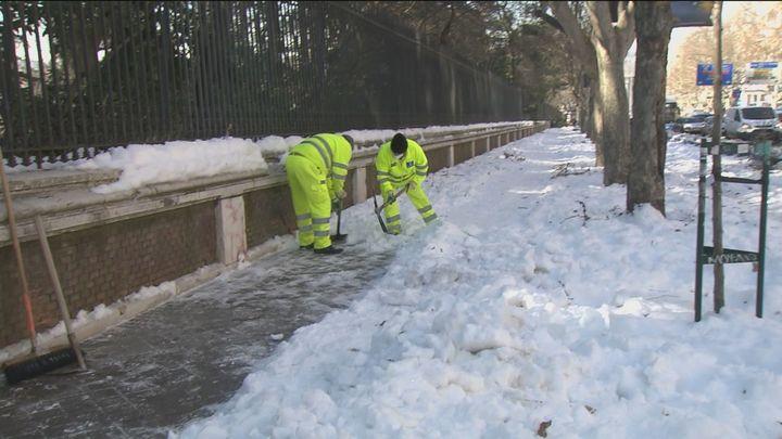 Más de 4.800 calles limpias y recogidas casi 21.000 toneladas de basura en Madrid