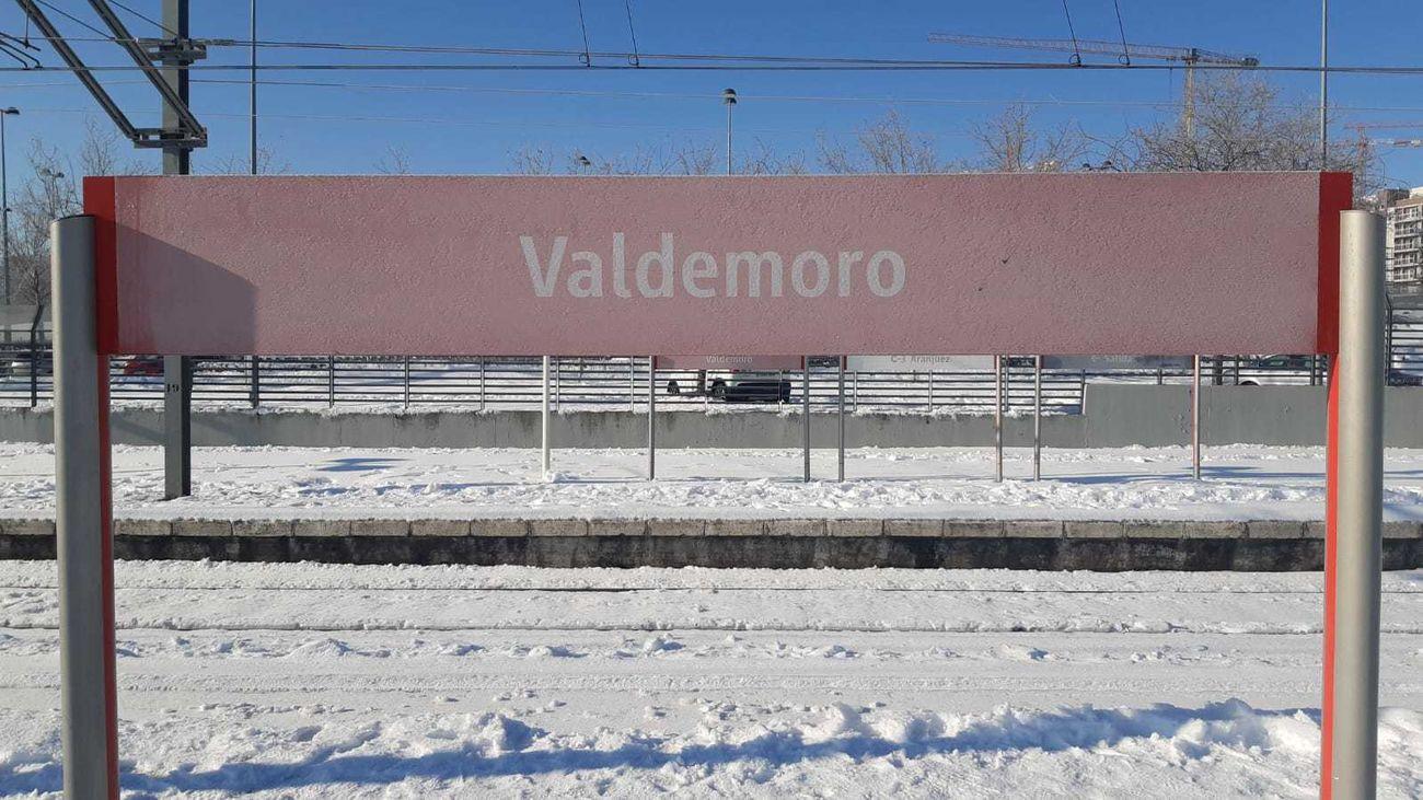 Estación de Valdemoro cubierta de nieve