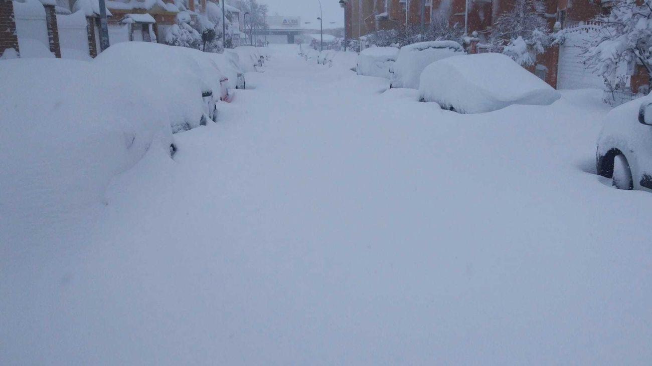 Aspecto de una de las calles de Parla tras la nevada de la borrasca Filomena