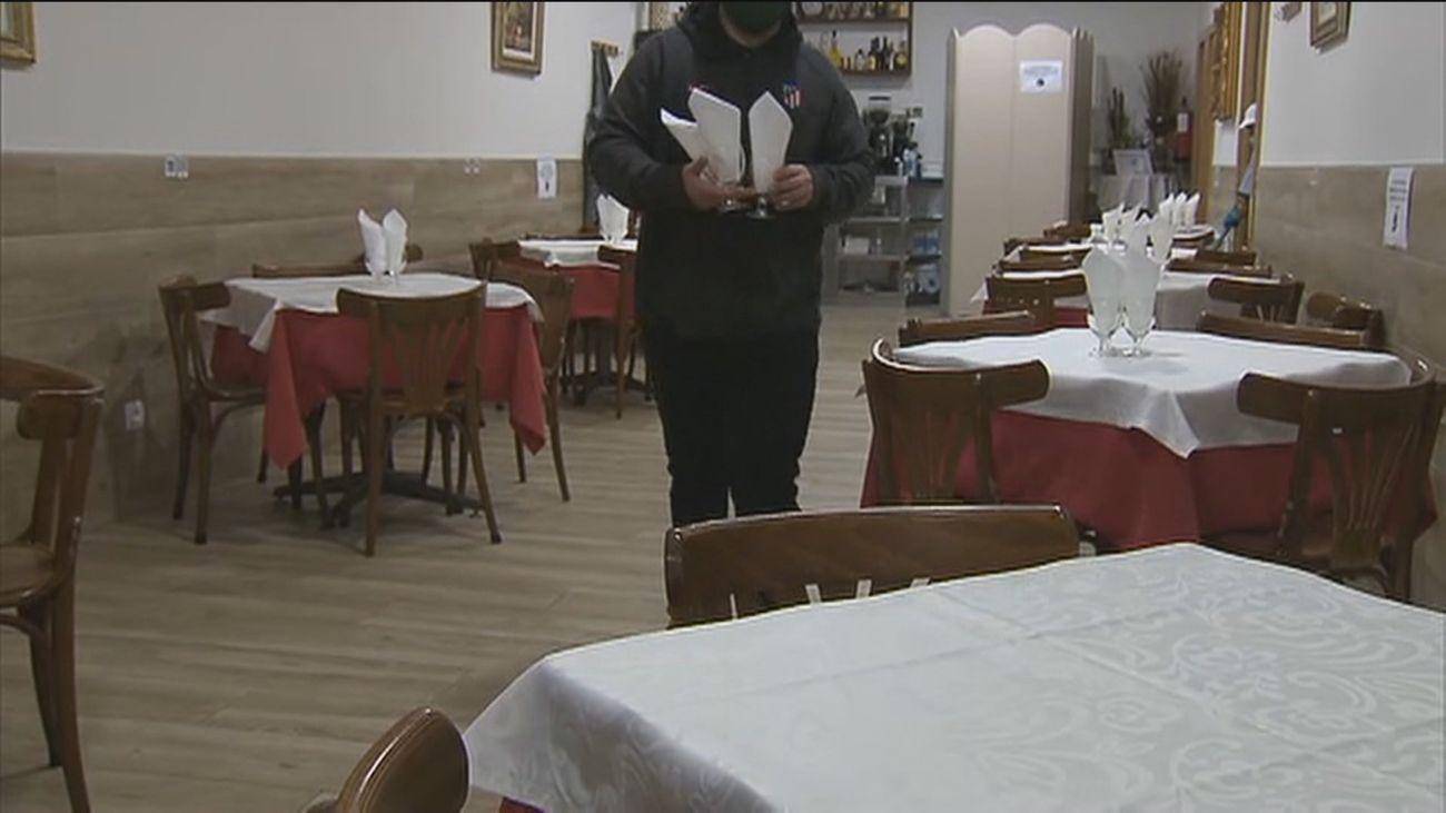 Desesperación de bares y restaurantes en Madrid por el adelanto del toque de queda