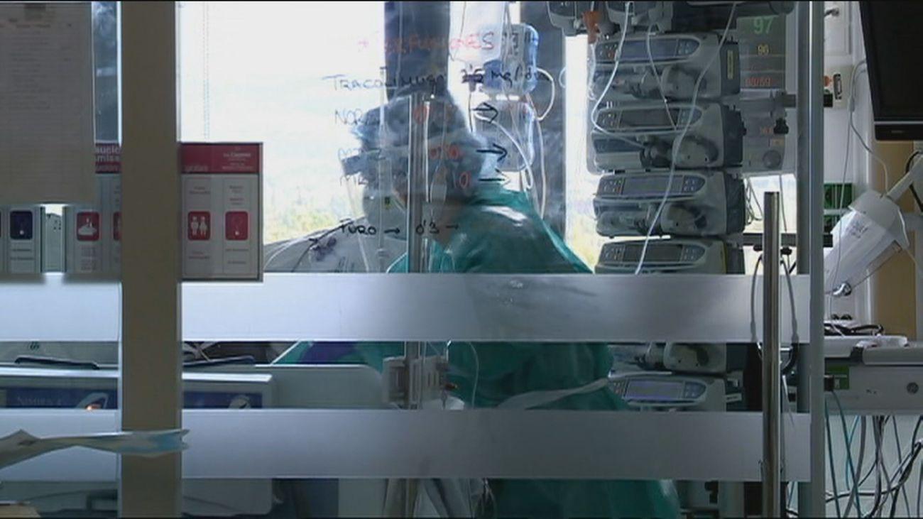 Sanidad comunica 404 nuevos fallecimientos y 34.291 contagios más en España  por Covidc
