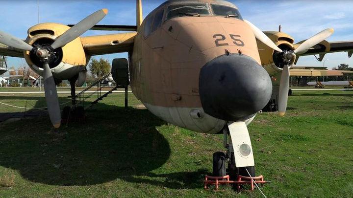 De los aviones 'caza-tormentas' a los que huyen de ellas en el Museo del aire