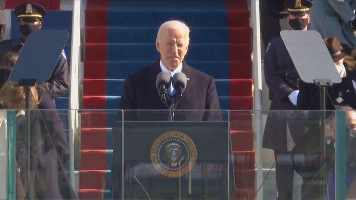 """Joe Biden toma posesión con un llamamiento a la unidad: """"La democracia ha prevalecido"""""""