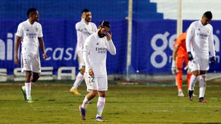 2-1.  Bochorno del Real Madrid, eliminado de la Copa por el Alcoyano