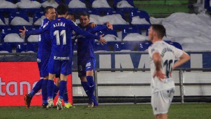 1-0. El Getafe suma un valioso triunfo ante el Huesca