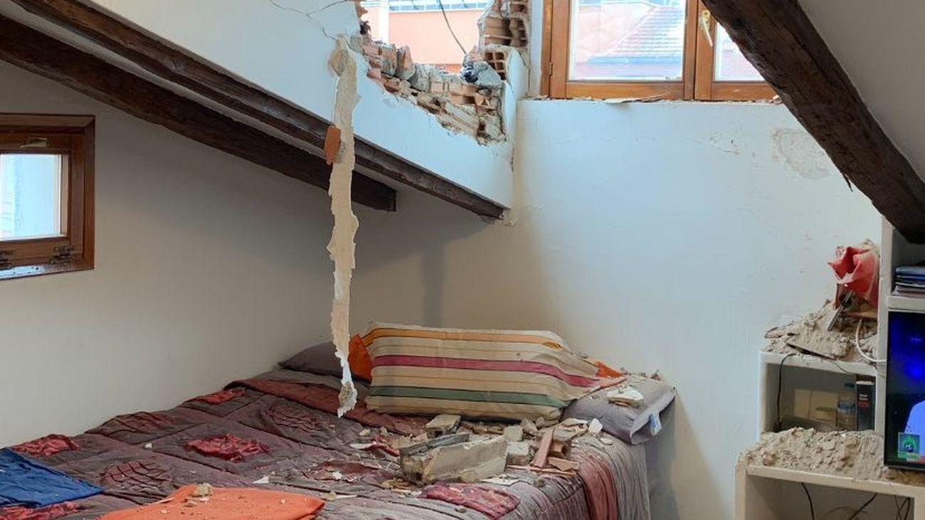 Efectos del material proyectado tras la explosión del edificio