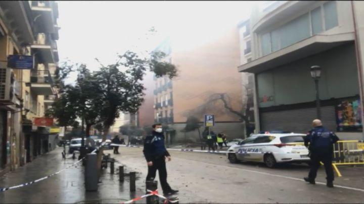 """El propietario de un bar cercano a la explosión: """"He visto a 3 personas atrapadas por los cascotes"""""""