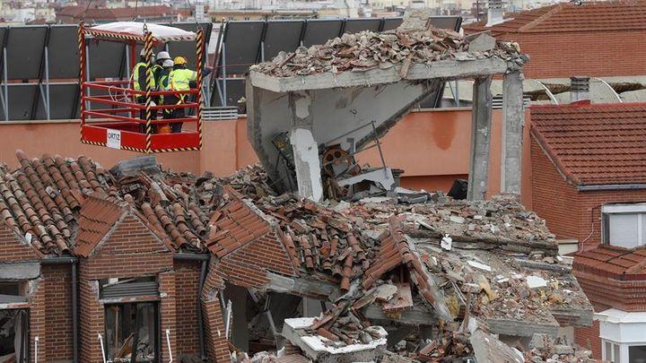 La Policía busca el origen del escape de gas que provocó la explosión en el 98 de la calle Toledo