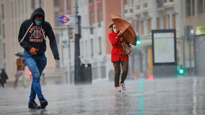 Los mejores planes en Madrid para no mojarte con la lluvia