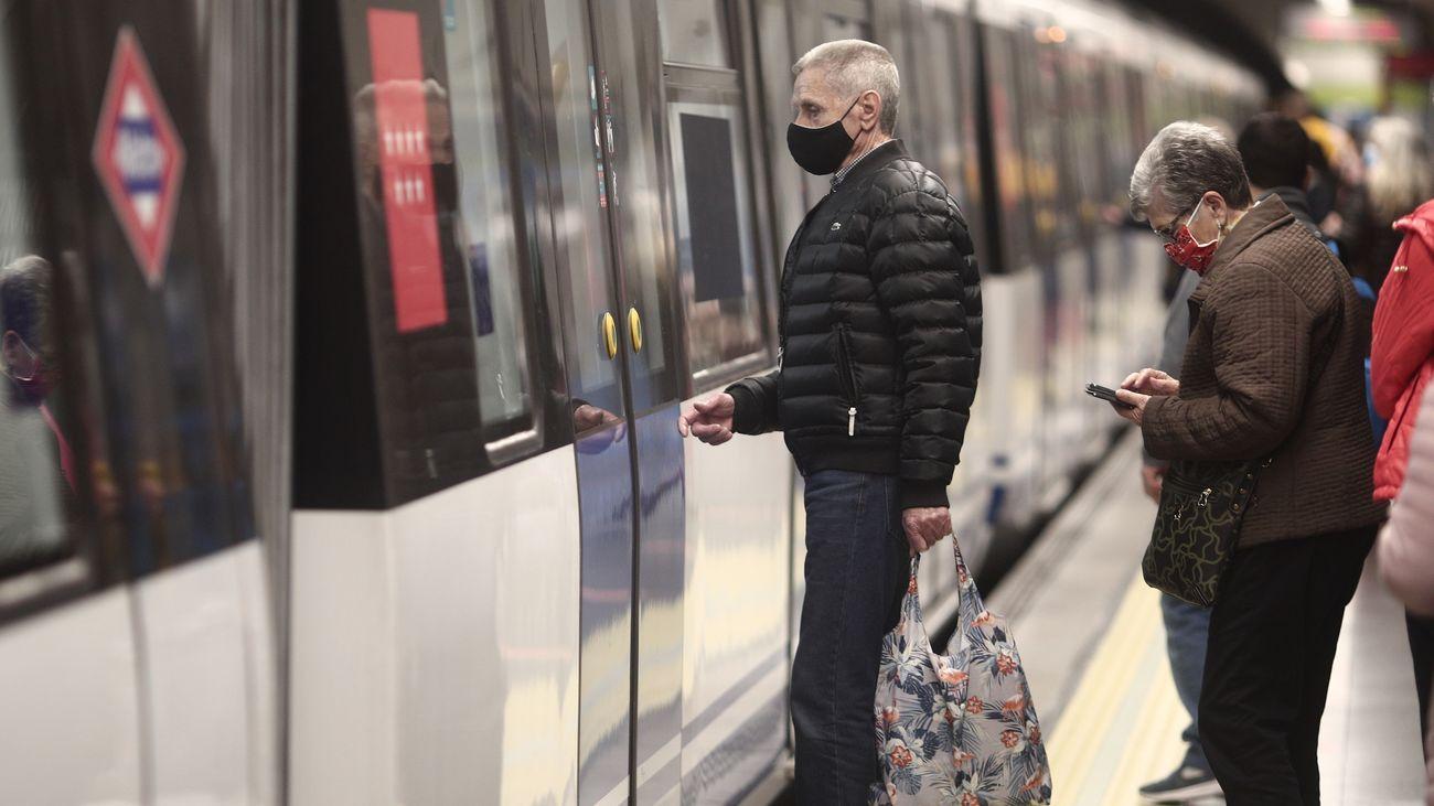 Las líneas 9B y 7B de metro vuelven a la normalidad esta semana