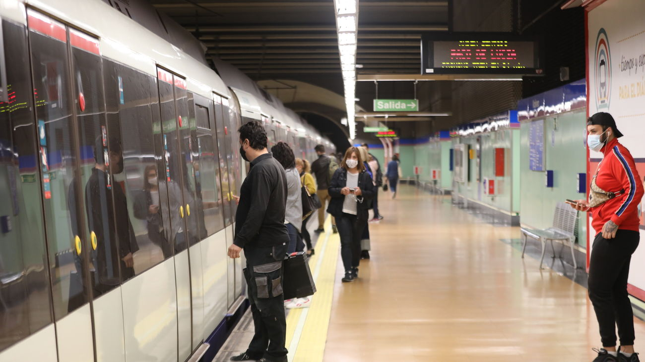 Viajeros de metro