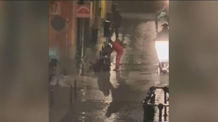 Violento robo en una calle de Lavapiés