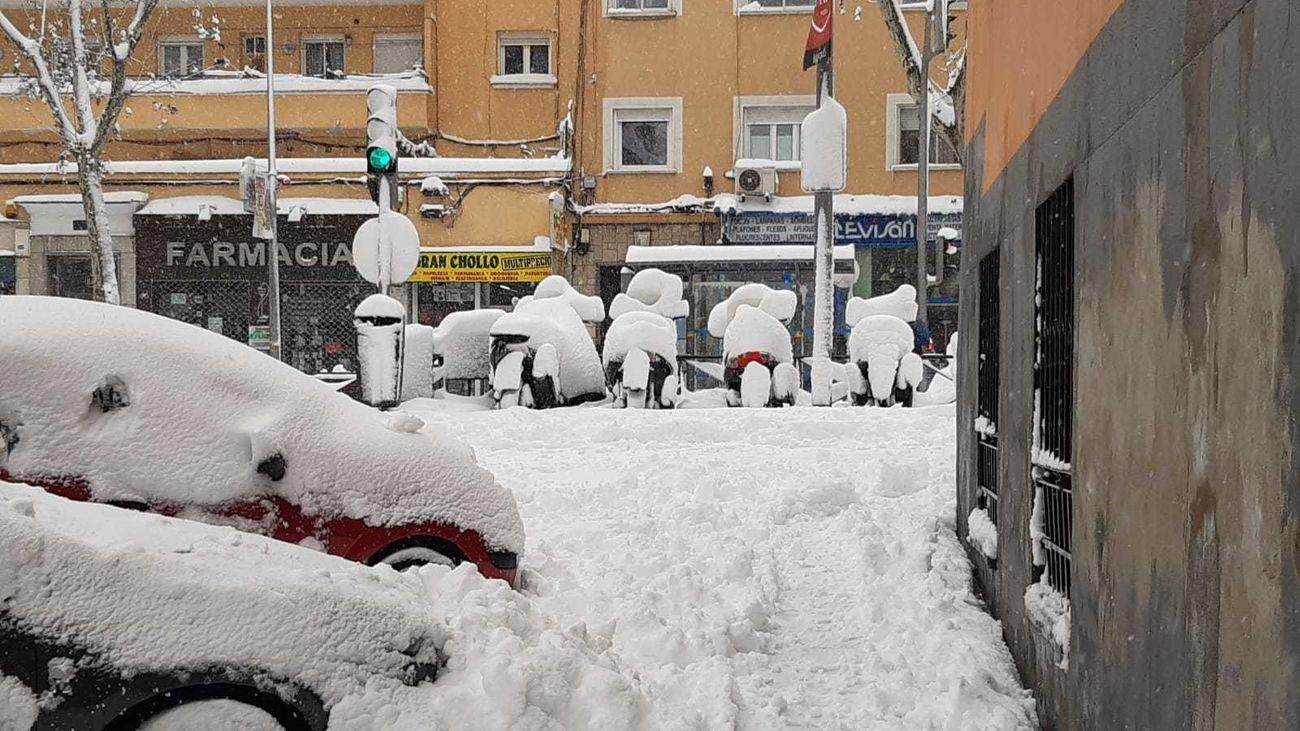 Varios comercios cerrados por la nevada
