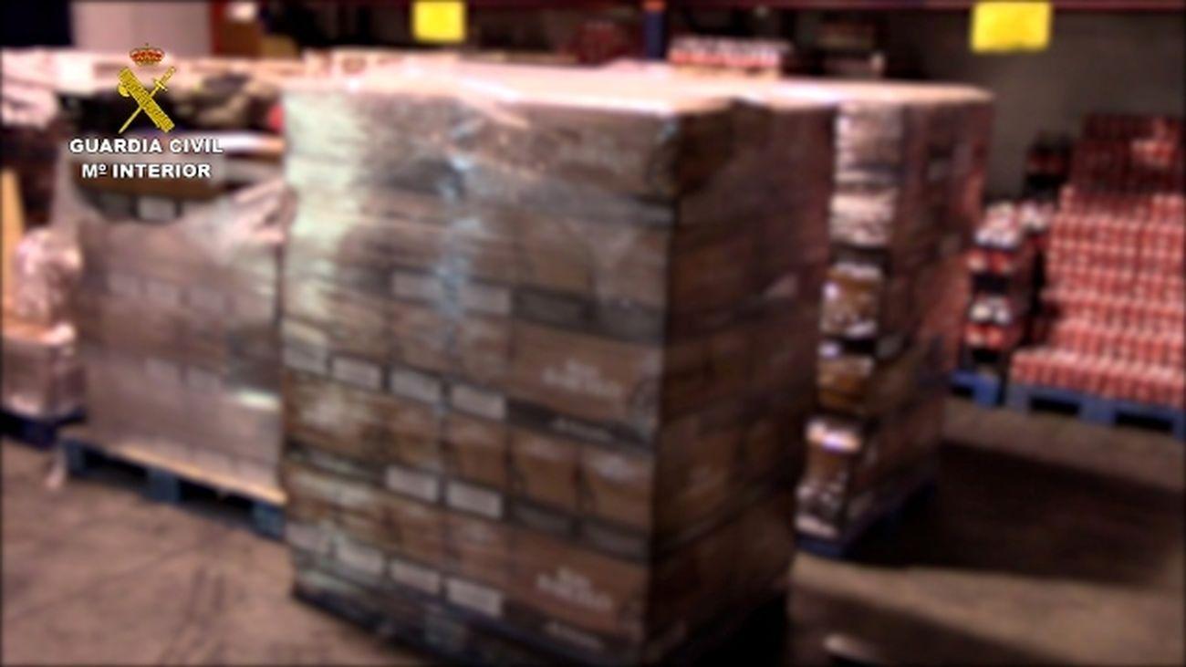 Intervienen más 225.000 botellas de ron falsificadas en Cádiz