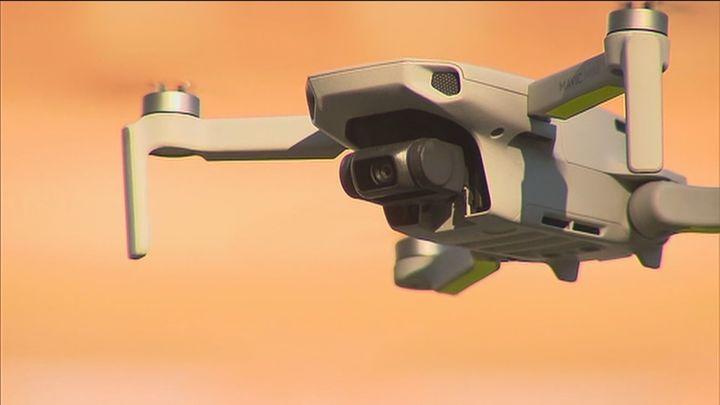 El Cermi insta a Transportes a aprobar la norma técnica que permita a las personas con discapacidad pilotar drones