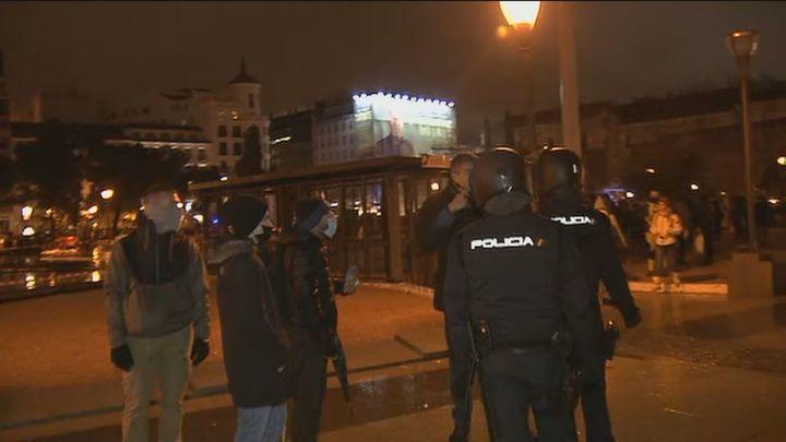 La Policía Nacional identifica a 216 personas de la marcha negacionista de Madrid